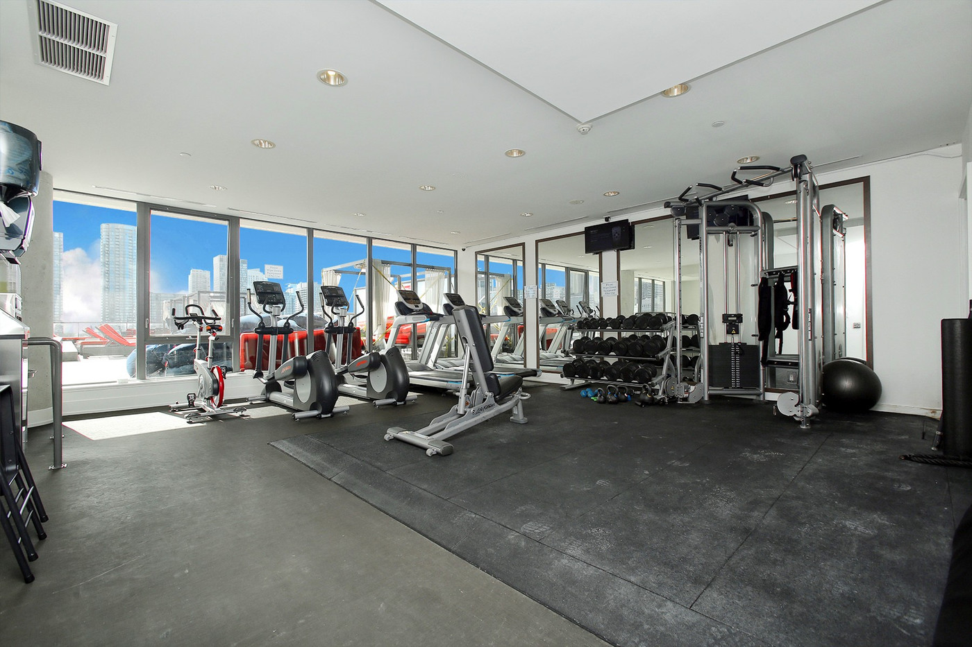 Exercise room (3).jpg