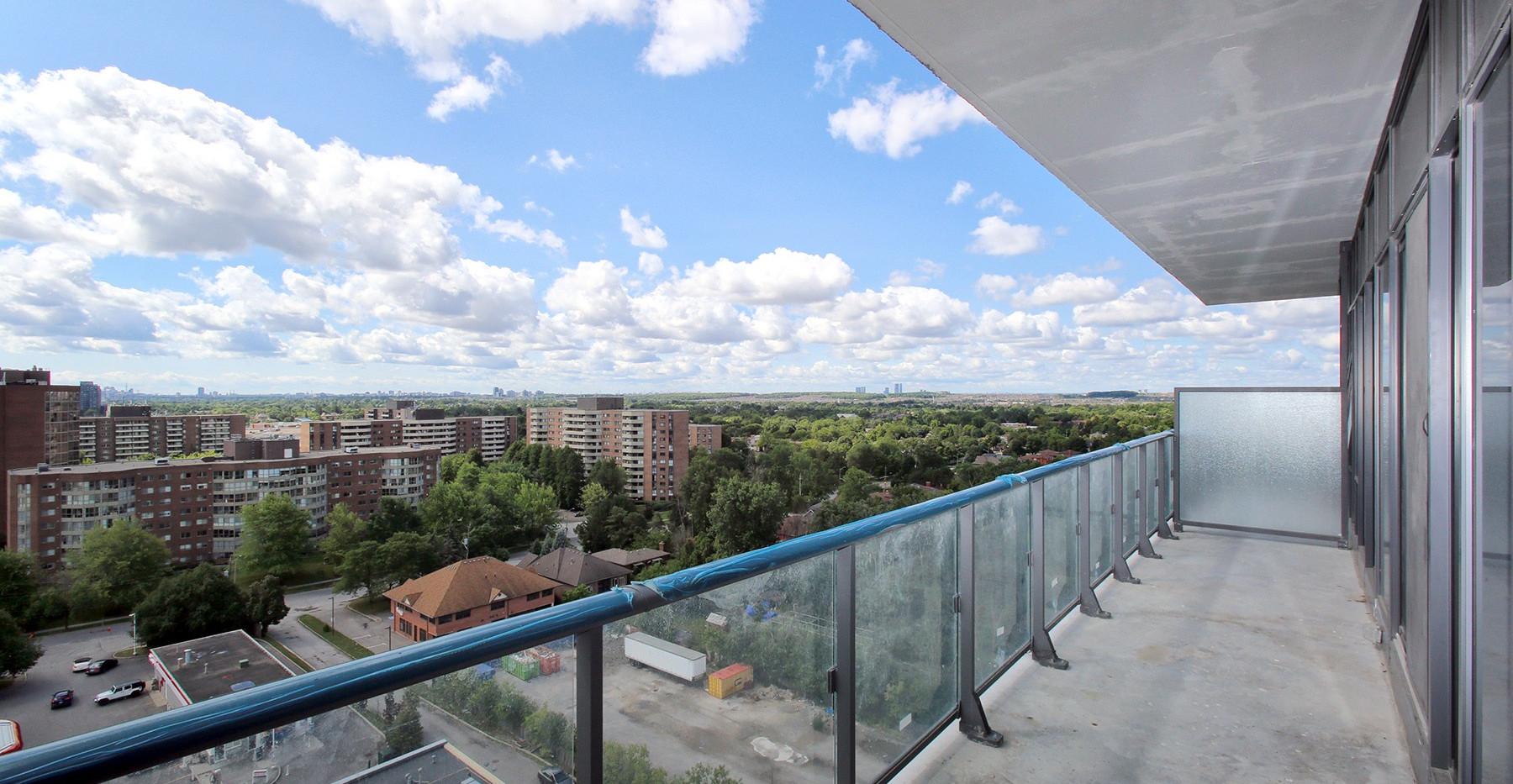 22 Balcony.jpg