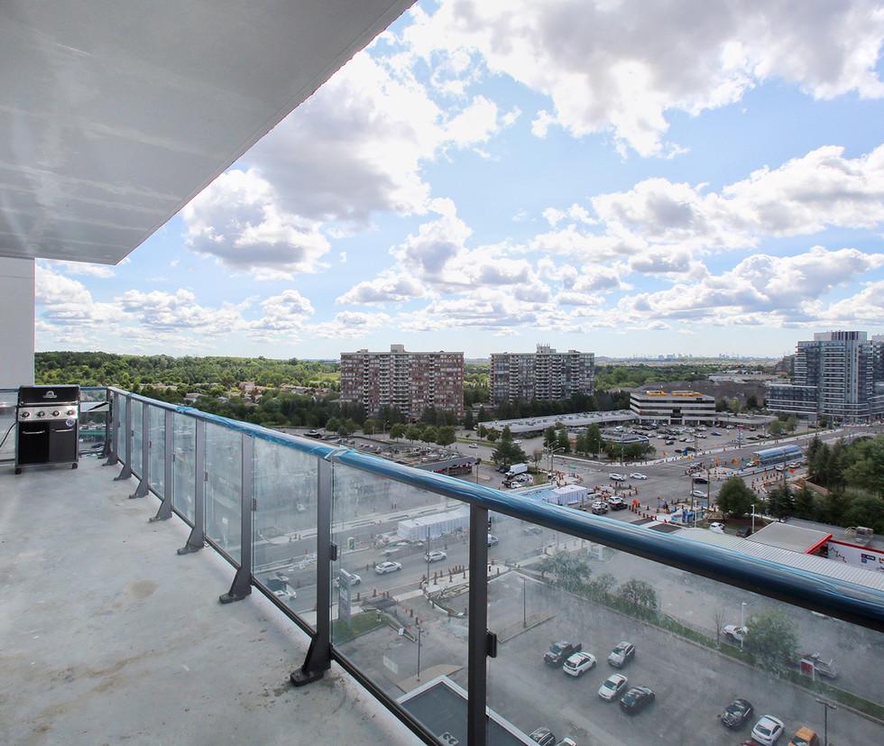 21 Balcony.jpg