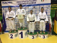 Asya-Tavano-sul-terzo-gradino-del-podio-