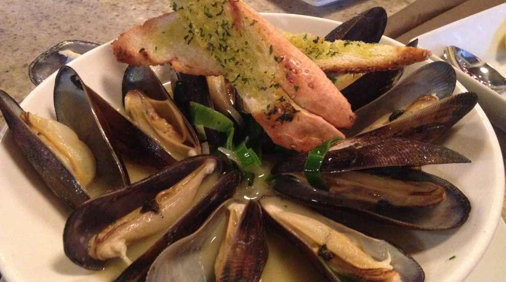 gloriously meaty lance mussels
