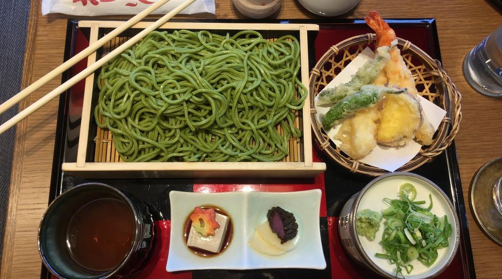 zaru soba, cold green tea noodles with tempura