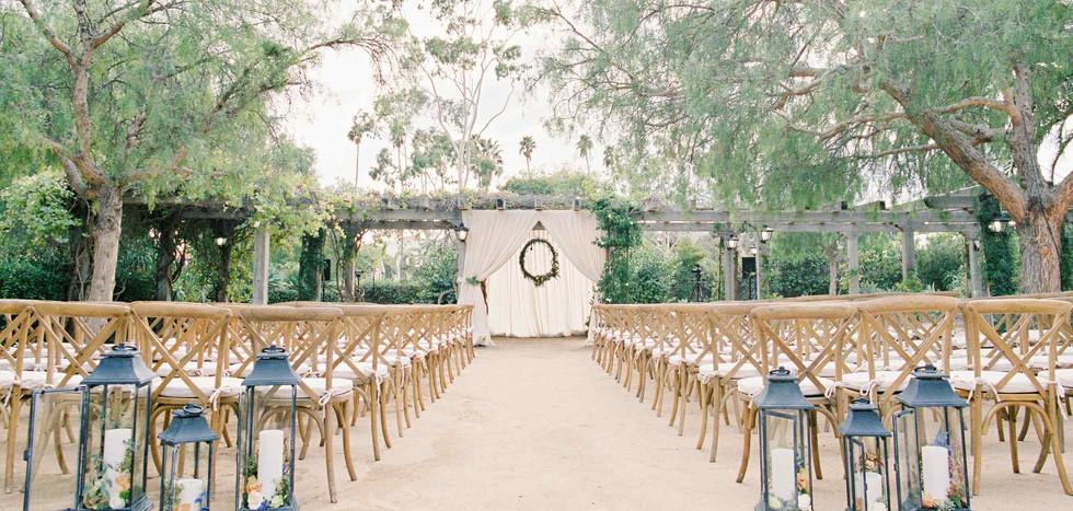 purejoy_services_weddings_Historical_Mic