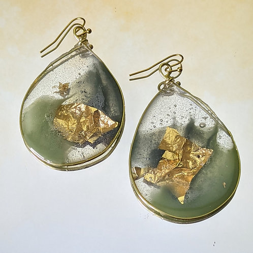 Evergreen Gold Acrylic Pours in Small Teardrop