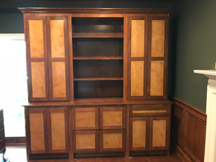 Two-Tone Shaker Office Hutch