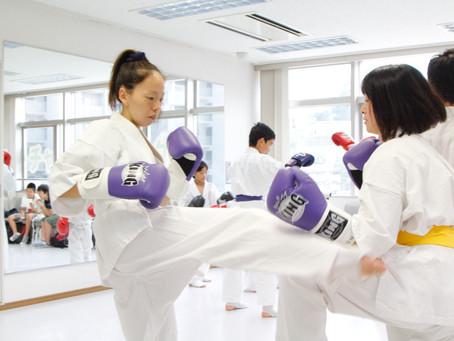 空手道・キックボクシングで女性の健康づくり