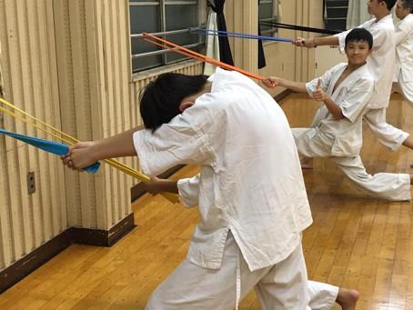 武道格闘技道場「小学生からの筋トレ」