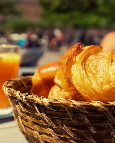 breakfast-croissants-basket-orange-juice_edited.jpg
