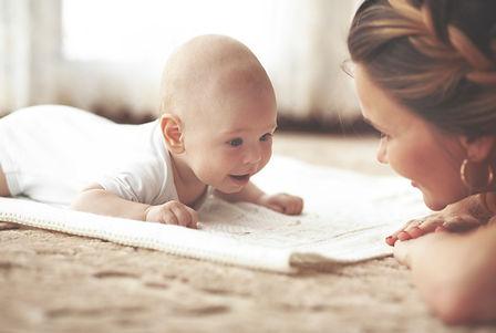 התמודדות עם בכי תינוקות  וטעימה משפת התינוקות דנסטן