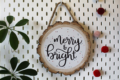 Merry & Bright Log