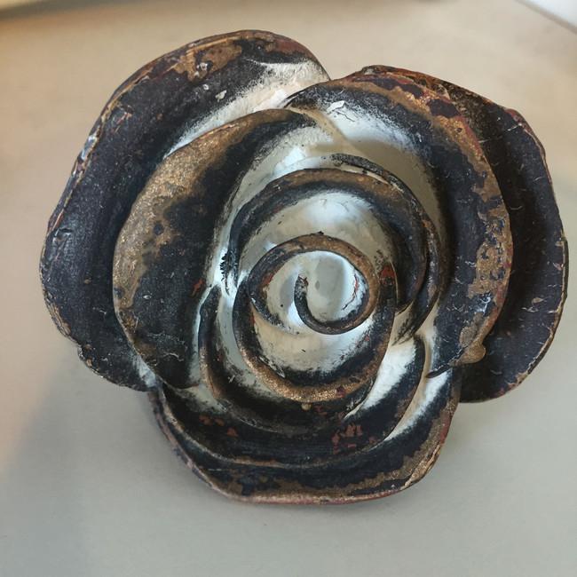 """Rosa Antigua"""