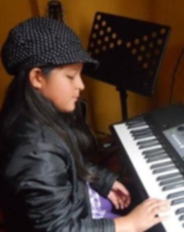 Escuela de teclado en La Molina.jpg