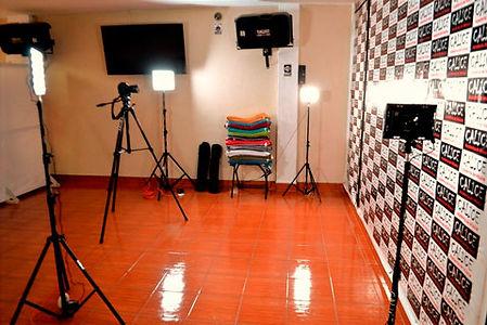 Talleres de Fotografía en La Molina, Ate, Mayorazgo, Santa Anita, Surco, Chaclacayo, Cieneguilla, Chosíca, Lima, Perú.