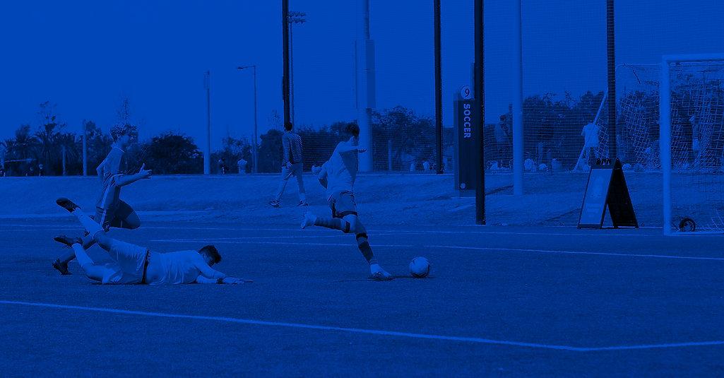 3Q3A1183_blue.jpg