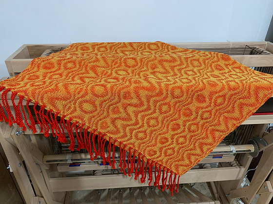 Small Lava Blanket -twisted fringe
