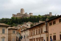 Ronca Maggiore, Assisi