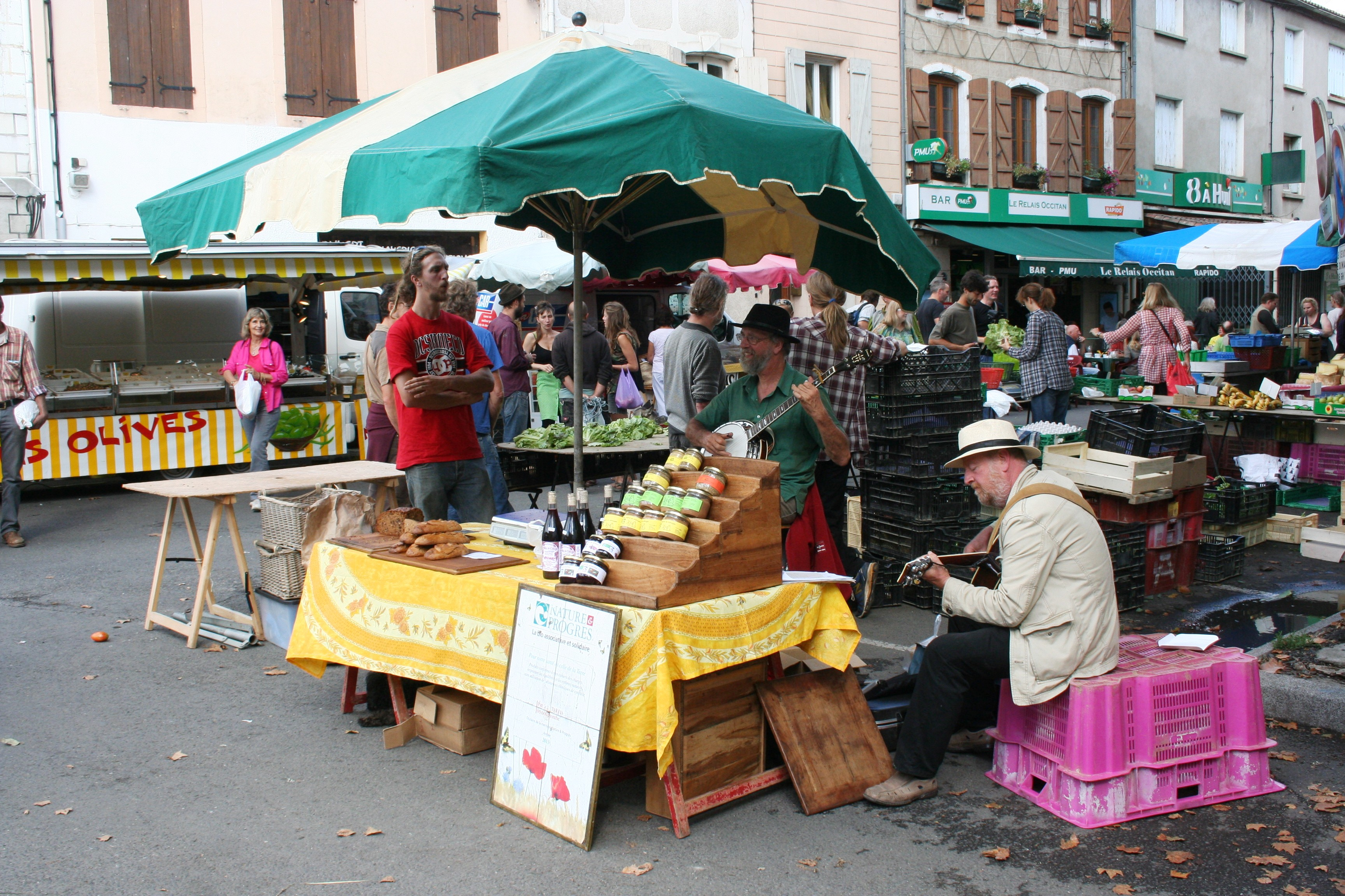 Sunday Morning Market at Esperaza