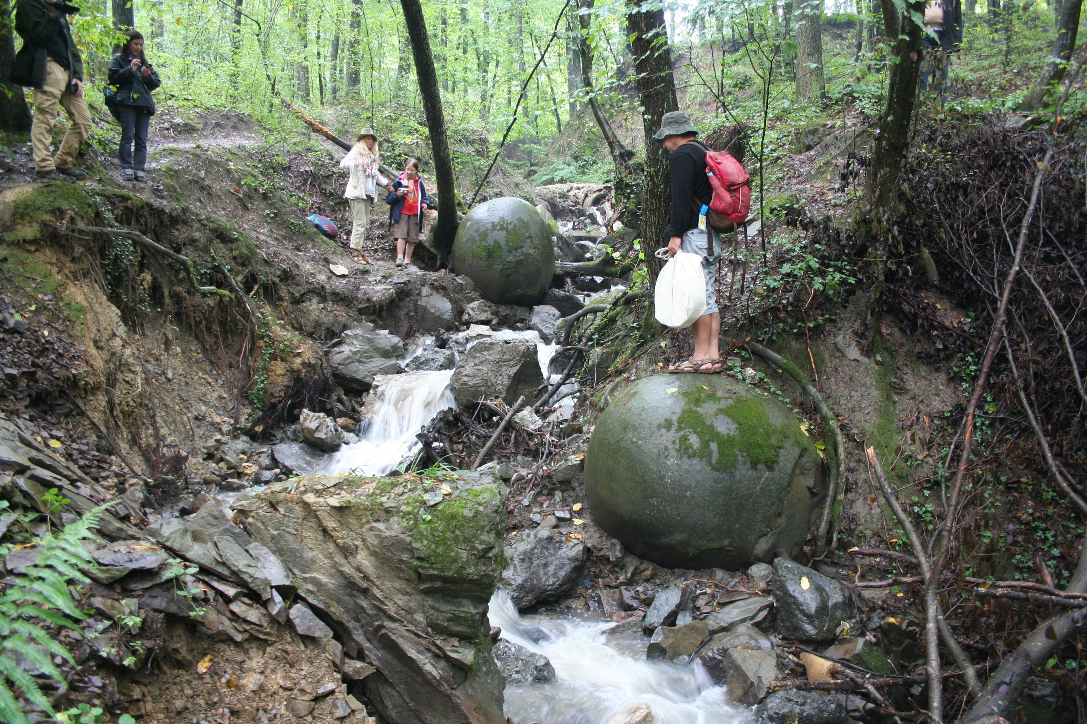 Stone Spheres Park
