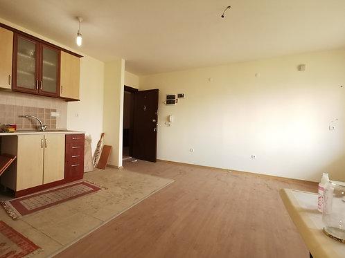 Бюджетная двухкомнатная квартира в Анталье