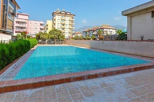 Бюджетная квартира 2+1 в Обе. 450 м до моря, есть бассейн