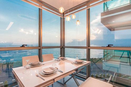 luxury-апартаменты 2+1, 3+1 на 1 линии моря (Каргыджак)