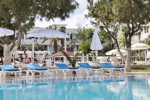 4-звёздочный отель на 1 линии Средиземного моря (Konaklı)
