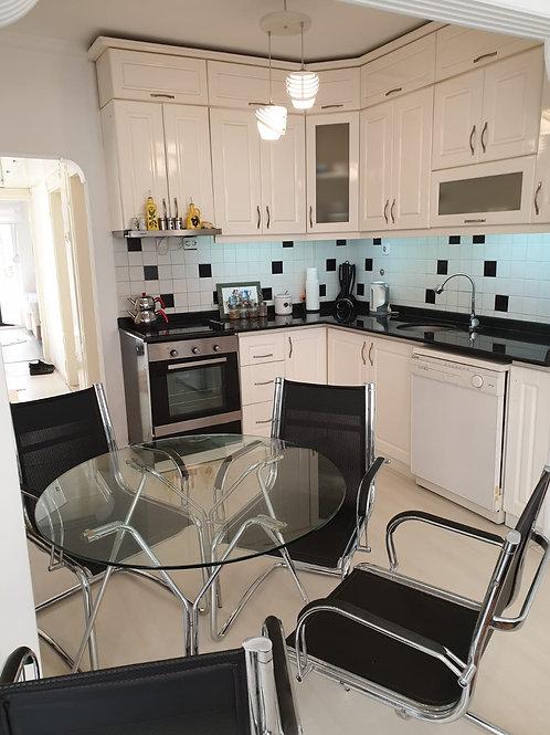 Меблированная квартира 2+1 в Махмутларе, 350 м до пляжа!