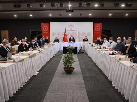 Турция с сегодняшнего дня вводит новые коронавирусные меры, границы закрываться не будут