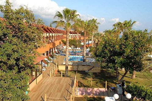 Популярный городской отель в центре Аланьи (4 звезды, 1 линия моря!)