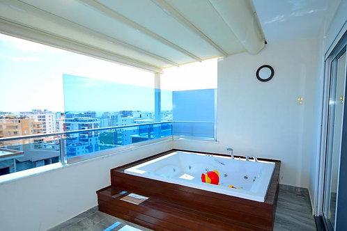 Роскошный пентхаус 3+1 в комплексе с курортной инфраструктурой и пляжем