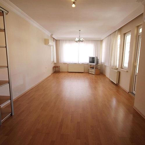 Квартира 3+1 с отдельной кухней и отоплением в центре Аланьи