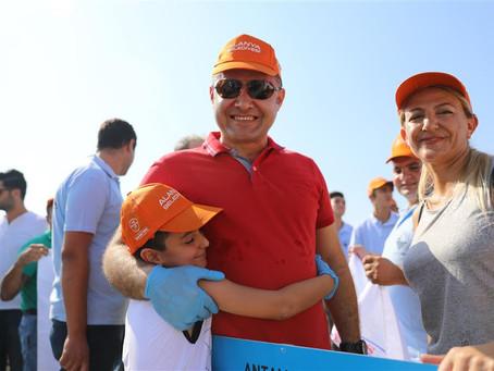 В Аланье прошла большая уборка пляжей: участвовали мэр, чиновники и отельеры
