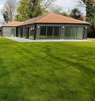 Large Lawn Returf