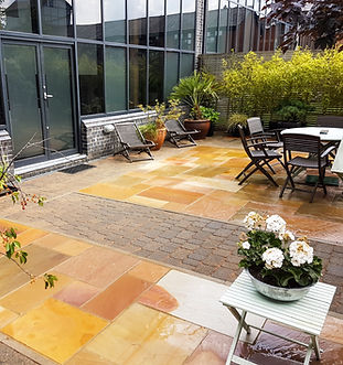 Courtyard Patio Makeover
