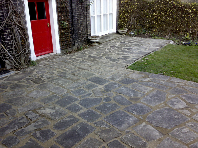Feature Paving