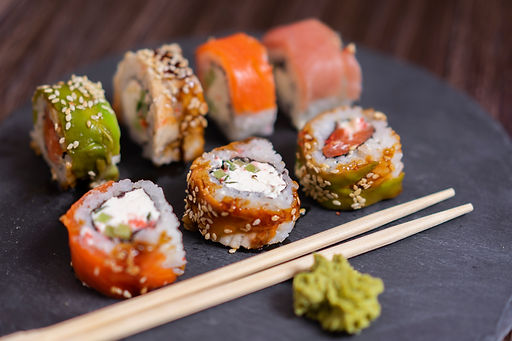 sushi-rolls-3147493.jpg