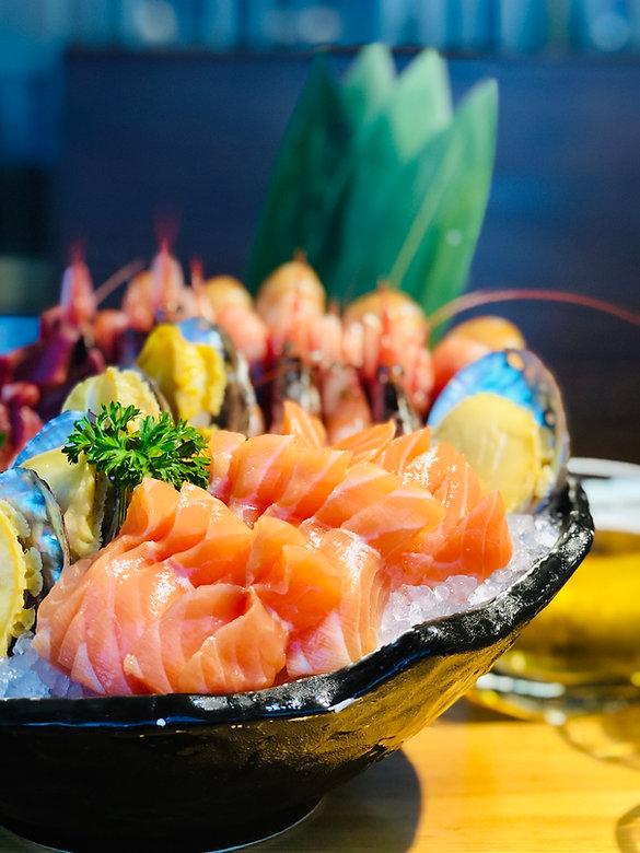 sashimi-in-bowl-2871756.jpg