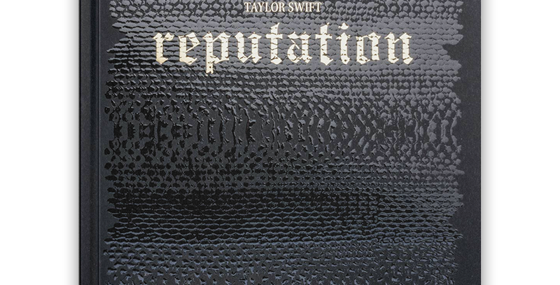 TAYLOR SWIFT - HARD COVER OFFICIAL REPUTATION TOUR BOOK