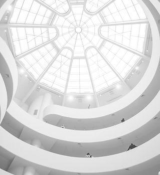 Edifício moderno branco