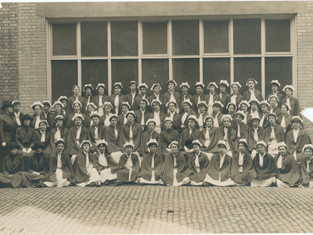 YON 2020 Day 316: The Nurses of the Lakeside Unit During World War I