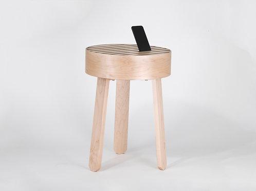 TRELLIS side table maple