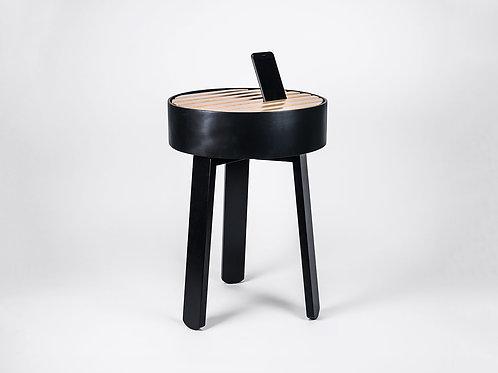 TRELLIS side table black