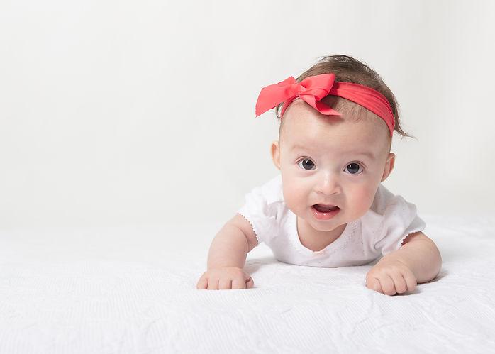 20190619-ENO-Baby girl milestone shooting-Deggendorf-WS-_V6A6824-Edit-Edit-VUS.jpg