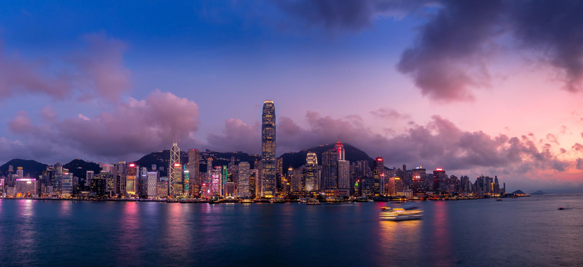 Hong Kong Island Skyline [_V6A1966-Pano-Edit.jpg]