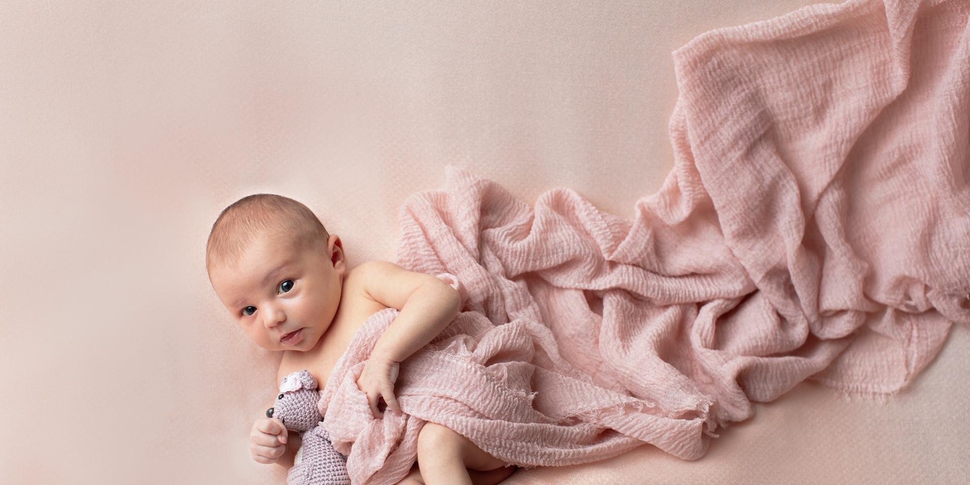 Neugieriges Baby [0T1A7911-Edit.jpg]