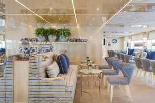 Uniworld - SS Beatrice - Lounge