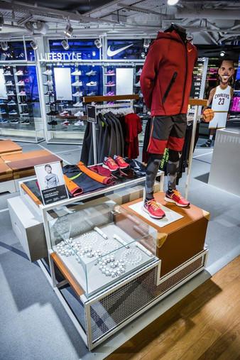 Nike Tchai Flagship store Paris
