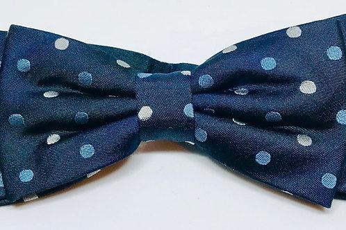 Bow-Tie DD9