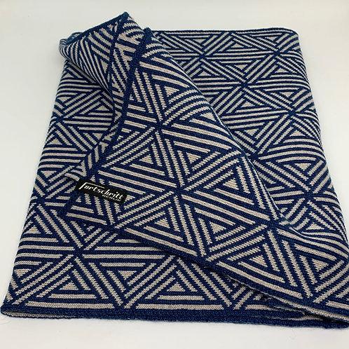 Fortschritt Wool Scarf 'Triangulation'