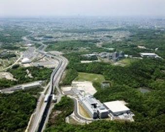 東名阪高速道路 御在所SA上下線休息施設新築工事